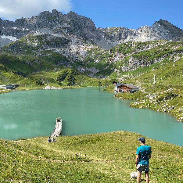#venividivorarlberg 🏔☀️🐶 Zürser See