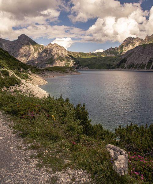 Lünersee #3 #austria #österreich #visitaustria #vorarlberg #visitvorarlberg #lünersee #lake #alps #alpen #berge #mountains ...