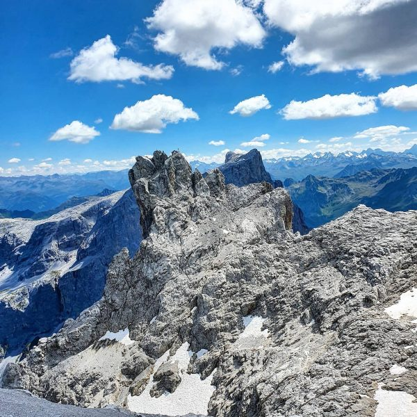 Living for the mountains! 🥰 . . #montagna #mountains #3türme #dreitürme #hiking #climbing #discoveraustria #paradise #secretspot #lifeisamountainnotabeach...