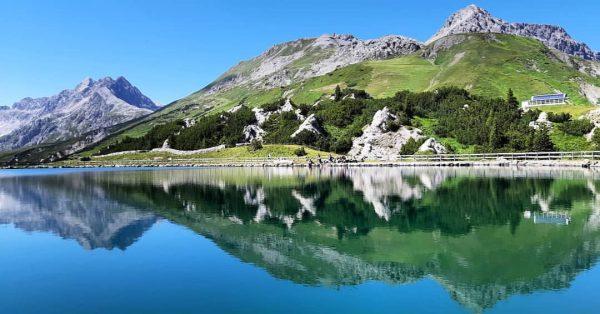 A good start of the day. . . . @breakingparadises #breakingparadises #visittirol #tirol #visitaustria #lechtal #bergfototirol #365austria...