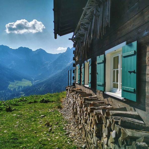 #landscapephotography #landschaft #nature #mountains #berge #alpen #alps #austria #österreich #kleinwalsertal #wanderwege
