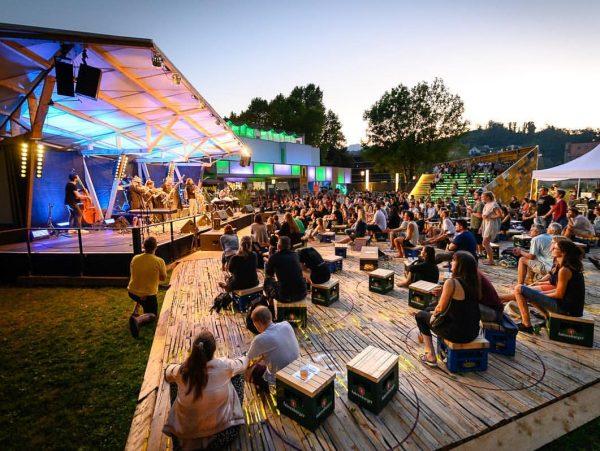 Was wäre ein Sommer ohne das poolbar Festival? ☀️🎶 Unvorstellbar – umso glücklicher ...