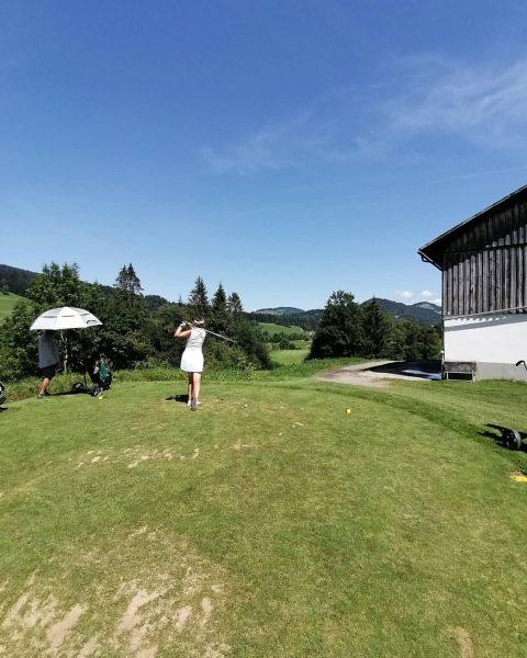 ☀🏌️ #golfparkbregenzerwald #vorarlberg #bregenzerwald #golfplatz #fairway #golfturnier #golfschule #greenkeeping #venividivorarlberg #golf #drivingrange Golfpark ...