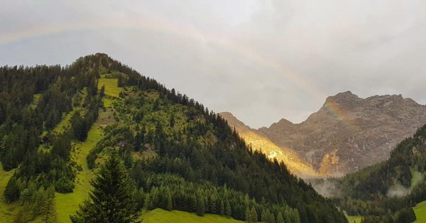 Somwhere over the rainbow #mountainview #alps #rainbow #mountains #nenzingerhimmel Nenzinger Himmel