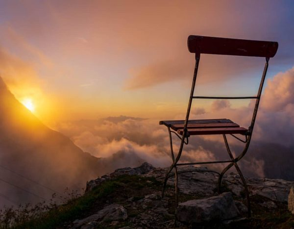 Take a seat... #sunsetphotography #sunset #goldenhour #foggy #alps #alpen #hiking #hikeandfly #hike #vorarlberg ...