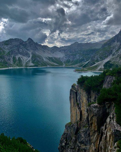 Super Stimmung #lünersee #stausee #lake #berge #mountains #wasser #größtersee #naurlovers #naturliebe #natur #nature ...