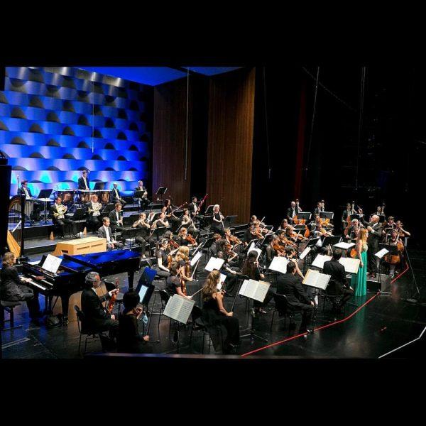 Das Konzert des Symphonieorchester Vorarlberg mit Mélissa Petit unter der Leitung von @enriquemazzolanow ...