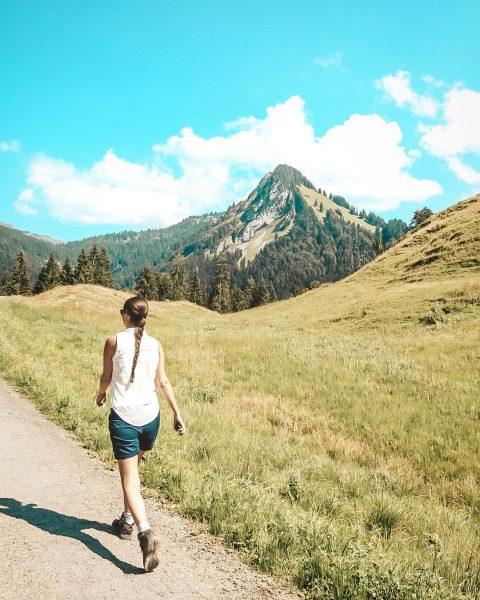 Wandern in Schönenbach im Bregenzerwald 😍 dort gibt es meiner Meinung nach auch ...