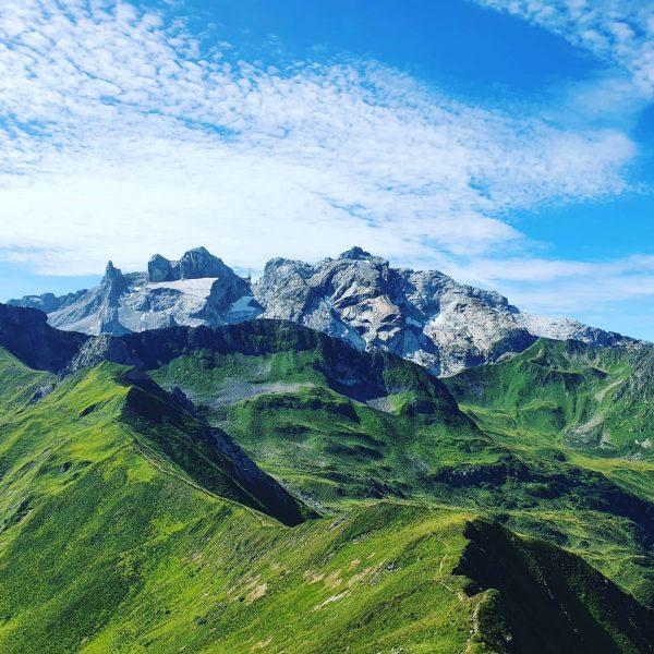 Blick vom Kreuzjoch, Montafon (AT) Wunderschöne Wanderung am Golm übers Golmerjoch und Kreuzjoch. Im Hintergrund die 3...