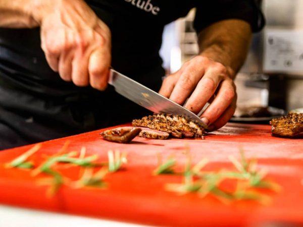 Ein Hoch auf das HAND:werk... Kochen ist Genuss, Leidenschaft, Emotion! Unsere Küchencrew verwandelt ...