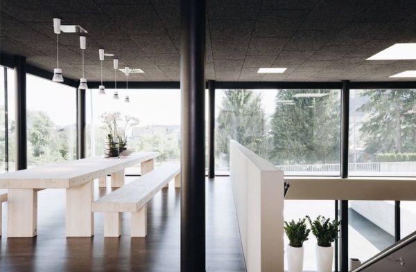 Die Garnmarkt Meetingtables und Workspaces. Tatkräftig arbeiten. In entspannter Atmosphäre. Mit Blick in ...