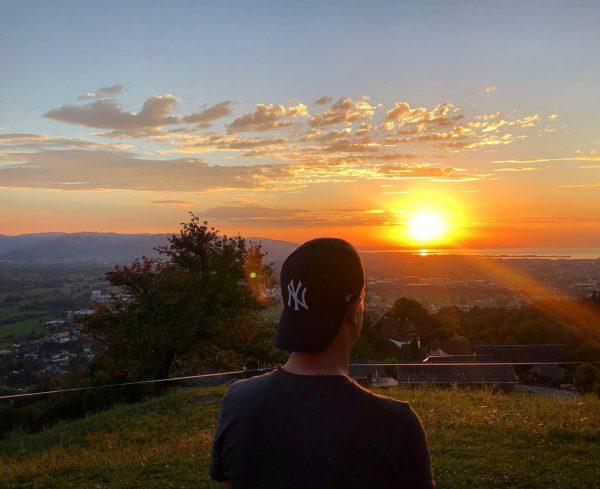 #sunset #basilikabildstein #bildstein #bodenseevorarlberg #sundowner #lakeofconstance #bodensee #rheintal #venividivorarlberg #anjandy #visitvorarlberg #summervibes #scenicview ...