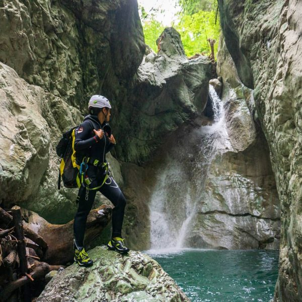 Whats next ? #nofilter #notrack #canyoning_pictures_instagram #canyon #canyoneering #canyoning #river #rappel #waterfall #watersports ...