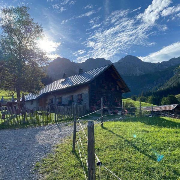 #kleinwalsertal #oberstdorf #bergliebe #schöffel #salewa #geisenalpkoell #wildental #mittelberg #fluchtalpe #mountainathletics #allgäu #wandern #allgäu ...