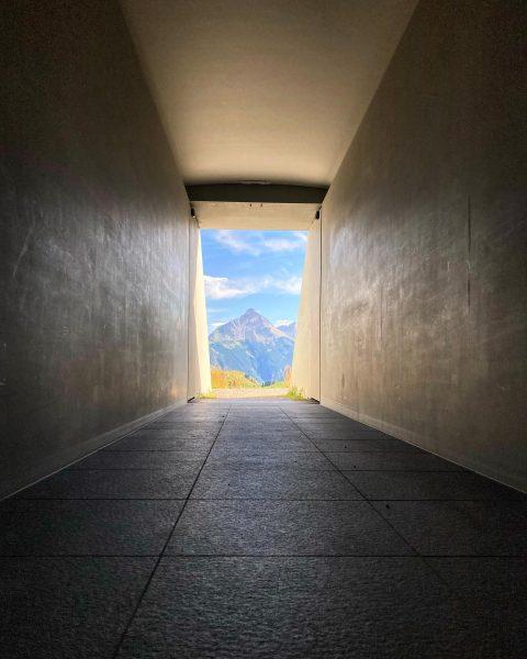 Ich kam. Ich sah. Kunst. #venividivorarlberg #art #skyspace #lech #mountains #austria #vorarlberg #jamesturrell ...