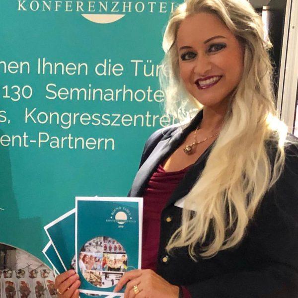 #EvaZellhofer #MrsAustriaGlobeClassic #RTK #RoundTableKonferenzHotels #Roadshow #Vorarlberg #mediastar #FourPointsBySheraton #Panoramahaus #Dornbirn #visitDornbirn #HotelKatharinenhof #HotelKatharinenhofComfort ...