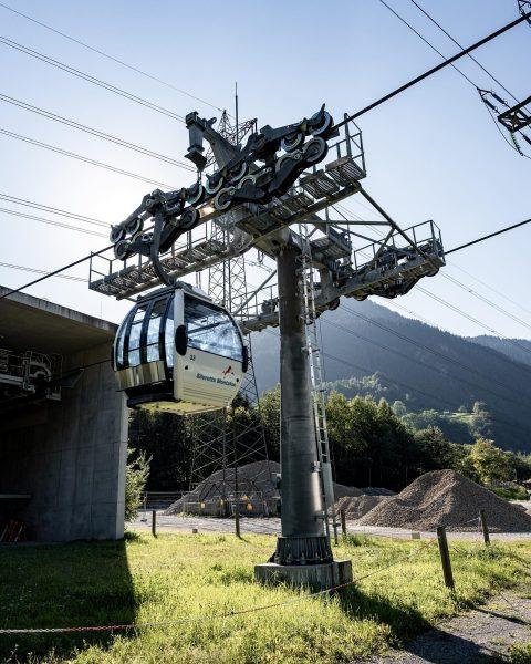 Die Grasjochbahn wurde 2011 als Verbindungsglied zwischen den Skigebietsteilen Nova und Hochjoch im ...