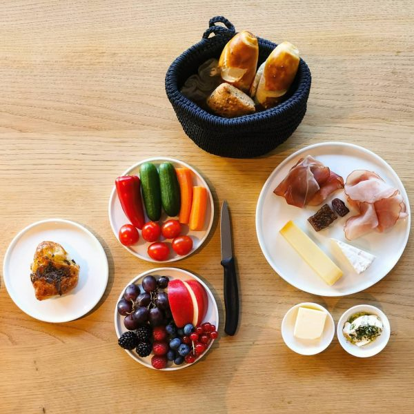 (AD / press trip) Burgi's breakfast. The perfect pre-yoga breakfast in the mountains at @burgis_living. Misty morning...