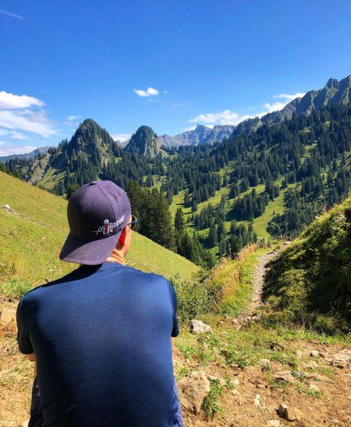 #venividivorarlberg #bregenzerwald #schnepfau #diedamskopf #hirschberg #almabtrieb #alpe #hiking #wanderlust #lastsummerdays #visitvorarlberg #naturephotography #mothernature ...