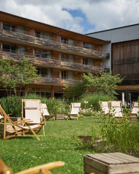 Und, wo chillt ihr am Wochenende so? 😉 . . . #ifenhotel #travelcharmehotels ...