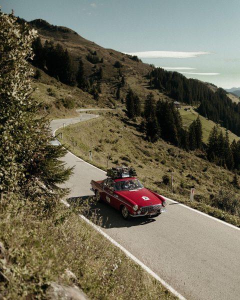 Wunderschöne Fahrzeuge, einmalige Landschaften und jede Menge Spaß unter Freunden ❤️Vielen Dank an ...