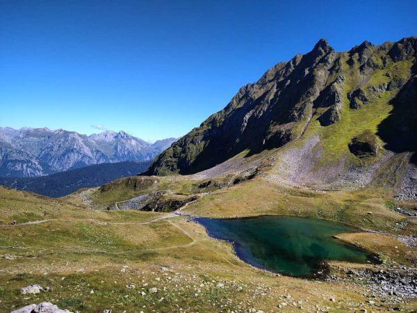 Vandaag een flinke wandeling op hoogte gemaakt, een panorama route langs drie bergmeren. ...