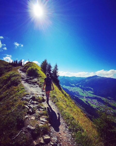 ☀️⛰️🥾 #onthetop #vacationtime #urlaubindeutschland #bayern #austria #kleinwalsertal #wandern #wanderlust #hiking #gipfelwanderung #gipfeltour #gipfelstürmer #fellhorn #kanzelwand #söllereck #sunnyday...