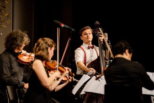 Noch nie waren wir so froh, dass alle Musiker_innen angereist sind 😀! Nachdem Österreich für andere Länder...