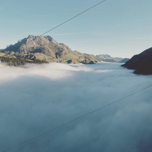 Wenn über den Tälern noch der Nebel hängt, zieht es uns hinauf, auf ...