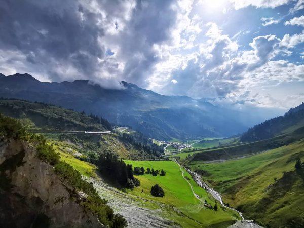 Solche Bilder liefert nur der Altweibersommer am Arlberg 🌲🥾🏞️ Daran können wir uns ...