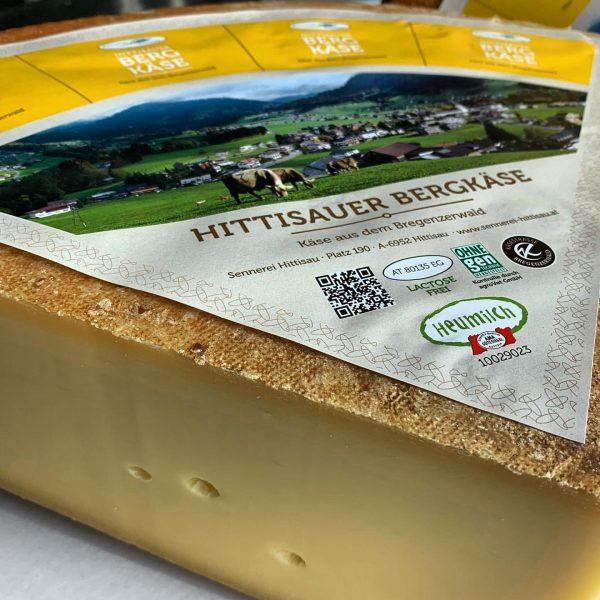 """""""Hittisauer Bergkäse"""" 🧀 ... hergestellt in unserer #dorfsennerei mit der #bergbauernheumilch unserer Bregenzerwälder Bauern. ⛰🌾🐄🥛☀️ ➡️ #kleinstrukturiertelandwirtschaft..."""