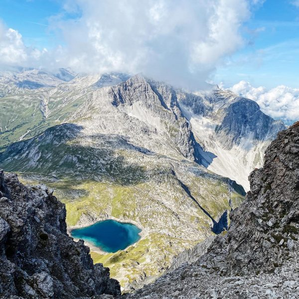 Ein Tag in den Bergen - das sicherste Mittel gegen fast alles! 🥾 ...