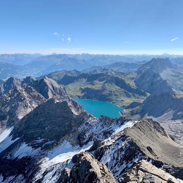 Wunderschöner Tag für eine Wanderung auf den höchsten Gipfel im Rätikon ⛰ . ...