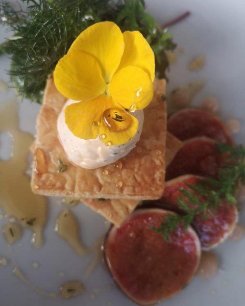 Unsere neue Karte mit wunderbaren neuen Gerichten ist da!!👏🍾 Schon probiert?? #pier69 #bregenz ...