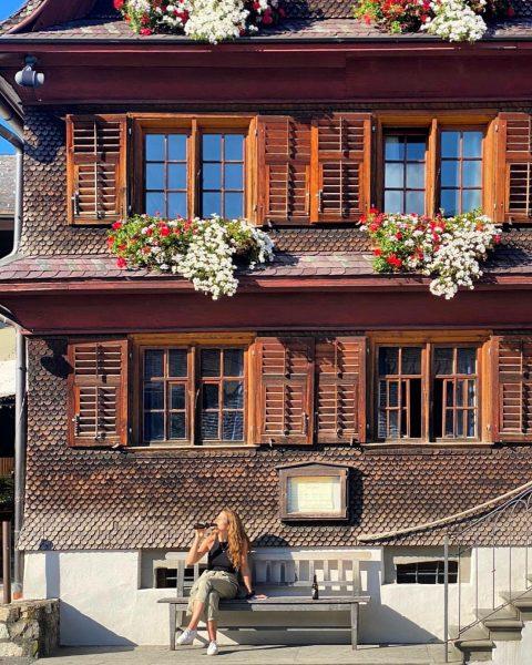 #ländle Update: LÄUFT GUT SOWEIT 😉👌🏻 . . . . #hotelhirschenschwarzenberg #bregenzerwald #bussi #sonneimgesicht #mondaymotivation #aufiaufnberg #hiking...