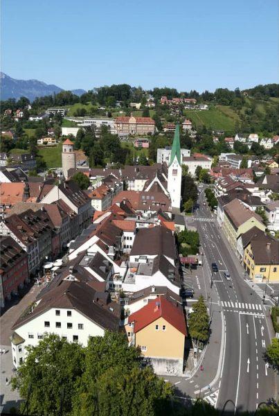 Nicht nur am Ardetzenberg hat die Weinlese🍇 begonnen. Ein Blick 🔭 aus dem Palas der Schattenburg 🏰...
