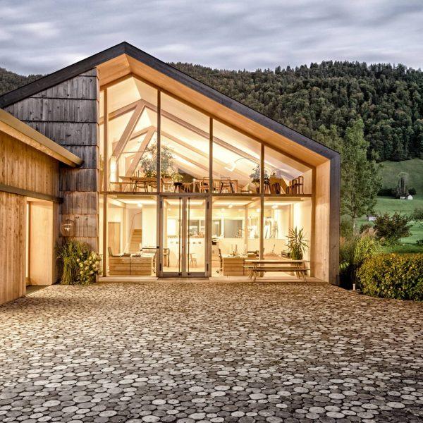 Bei uns im Bregenzerwald sind Handwerk und Architektur geprägt von viel Holz und ...