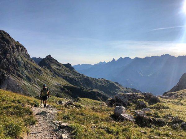 Meine Welt, die Berge ⛰ #kleinwalsertal #e#riezlern #mittelberg #hirschegg #gemsteltal #gemstelboden #berge #bergliebe #bergsommer #bergwanderführer #mountains #mountainlove...