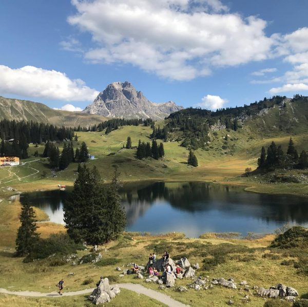Auszeit am Körbersee ⛰ #körbersee #warth #bregenzerwald #bregenzerwald🌲🌲 #visitbregenzerwald #österreich #aktivurlaub #austria #hiking #wandernmachtglücklich #naturelovers #happy #beautifuldestinations...