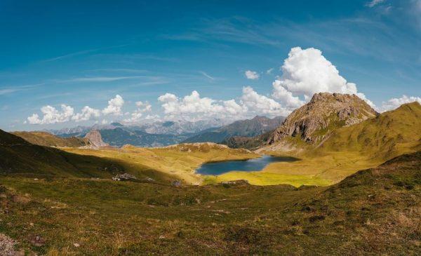 Na, wer erkennt den kleinen Bergsee? 😉😍 Von hier aus erwarten Dich zahlreiche ...
