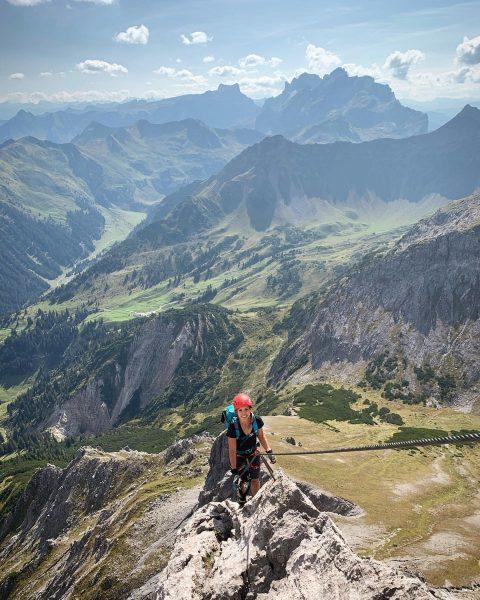 Saulakopf Klettersteig ⛰ 2517 m Was für einen unglaublich schöne Aussicht ______________________________ #bergliebe ...