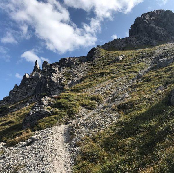 #trailrunning #trailrun #oberstdorf #rappenseehütte #kleinwalsertal Gestern gestartet im Kleinwalsertal nach 22 Kilometern und 2300 Hm Übernachtung auf...