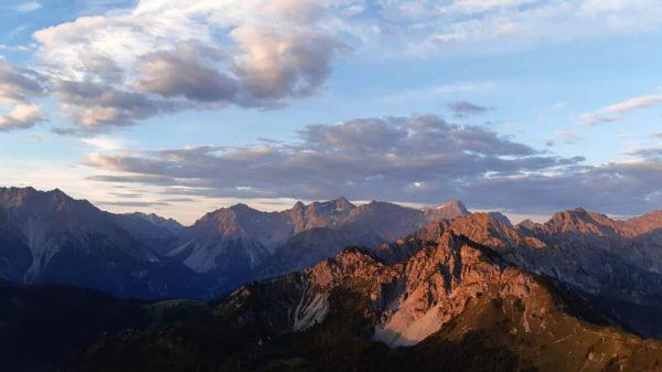 Sonnenaufgang mit Blick ins Brandnertal #brandnertal #vorarlberg #venividivorarlberg #visitvorarlberg #österreich #austria #visitaustria #scenicaustria ...