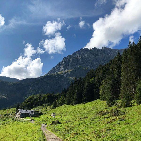 Schöne letzte Tour durchs Gemsteltal #kleinwalsertal #kleinwalsertal❤️ #berge #bergliebe #bergwelten #bergfotografie #bergfoto #mountains #wandern #wanderlust #wandernmachtglücklich