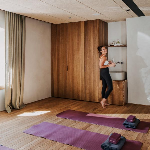 Ausgeglichenheit, Ruhe und Stärke im #yogaurlaub im charaktervollen Hotel Bären im #bregenzerwald finden... ❤️Mehrmals wöchentlich bieten wir...