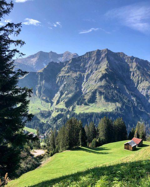 Spätsommer im Bregenzerwald Late summer in the Bregenz Forest #warthschröcken #atemderberge #bregenzerwald #bregenzforest #vorarlberg #vorarlbergwandern #lovevorarlberg #loveaustria...