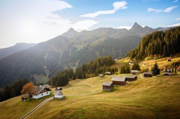 Unser Rezept zum Entspannen: Die Maisäßlandschaft auf Matschwitz ist der perfekte Ort zum ...