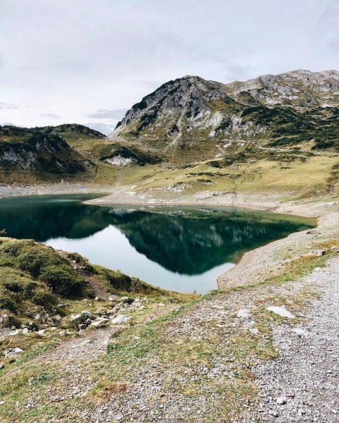 Those lovely autumn days are for hiking, biking & enjoying nature! • #naturelovers ...