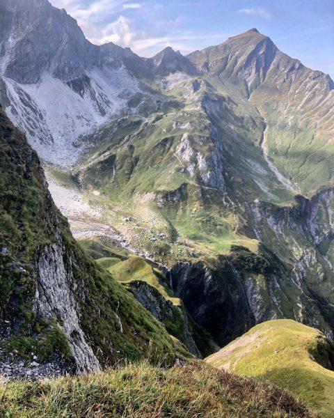 Die spektakuläre Aussicht aufs Fürggele vom Jägersteig in Schröcken #fürggele #jägersteigschröcken #schröcken #warthschröcken ...