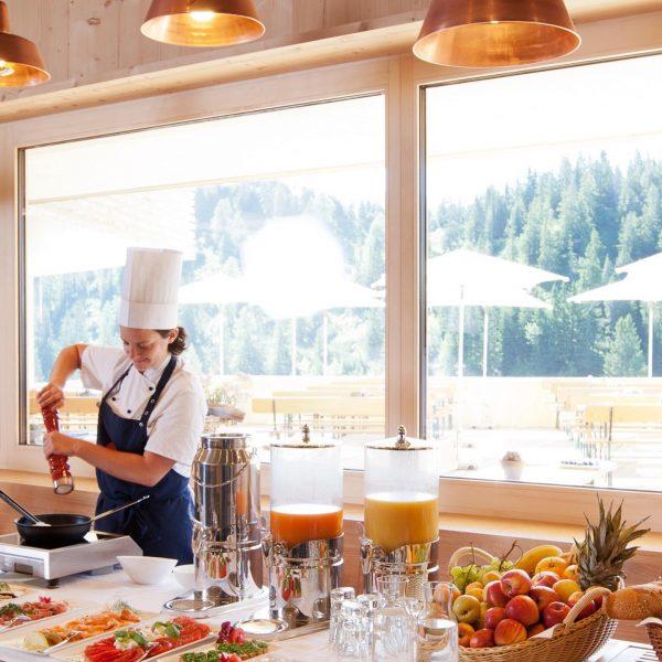 Jeden Sonntag gibt's im Frööd das Bergfrühstück! Warst Du schon mal dabei? Genuss ...